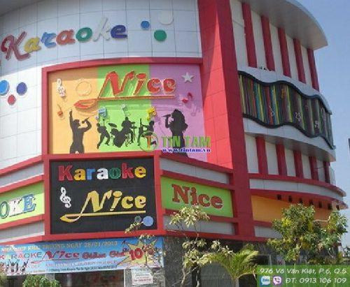 giay-dan-tuong-karaoke-dep[1]