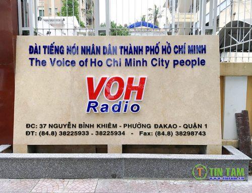 thi-cong-rem-cua-dai-tieng-noi-nhan-dan-tphcm-voh[1]