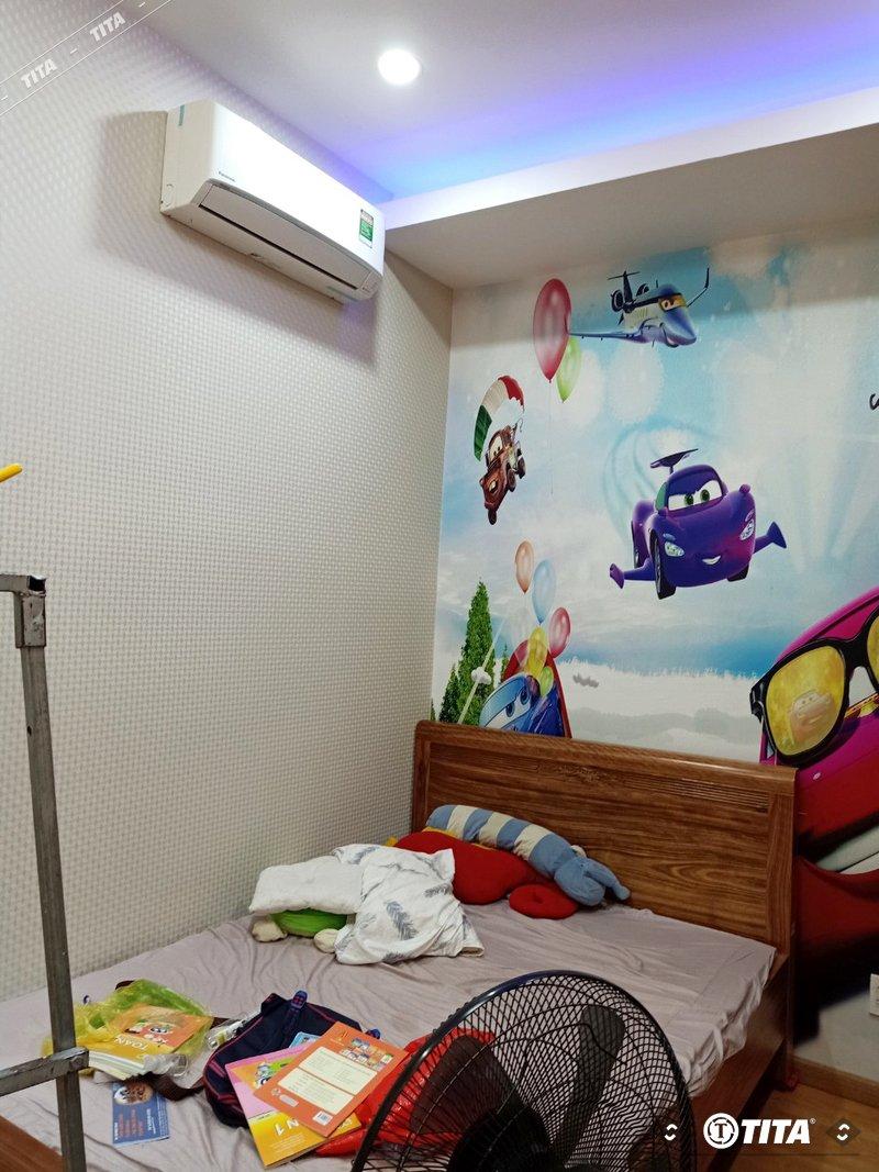 tranh dán tường xe hơi phòng ngủ bé trai