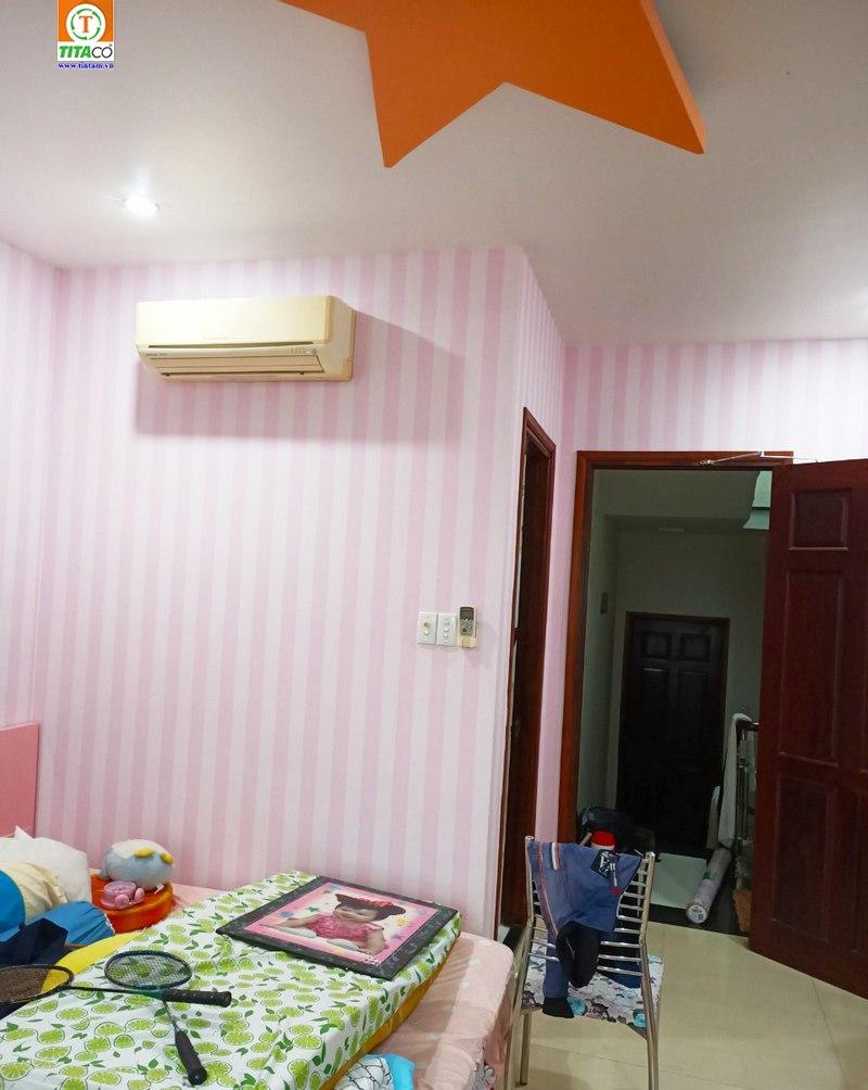 dán giấy dán tường cho phòng ngủ đẹp tại tphcm