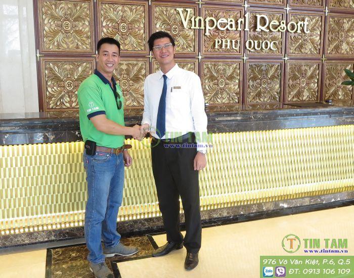 rem_cua_khach_san_vinpear_resort_phu_quoc.jpg