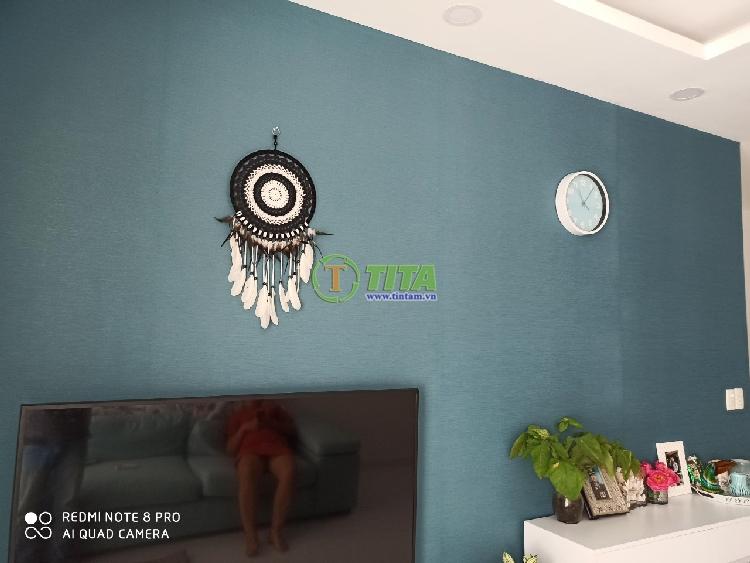 giấy dán tường phòng khách màu xanh tphcm